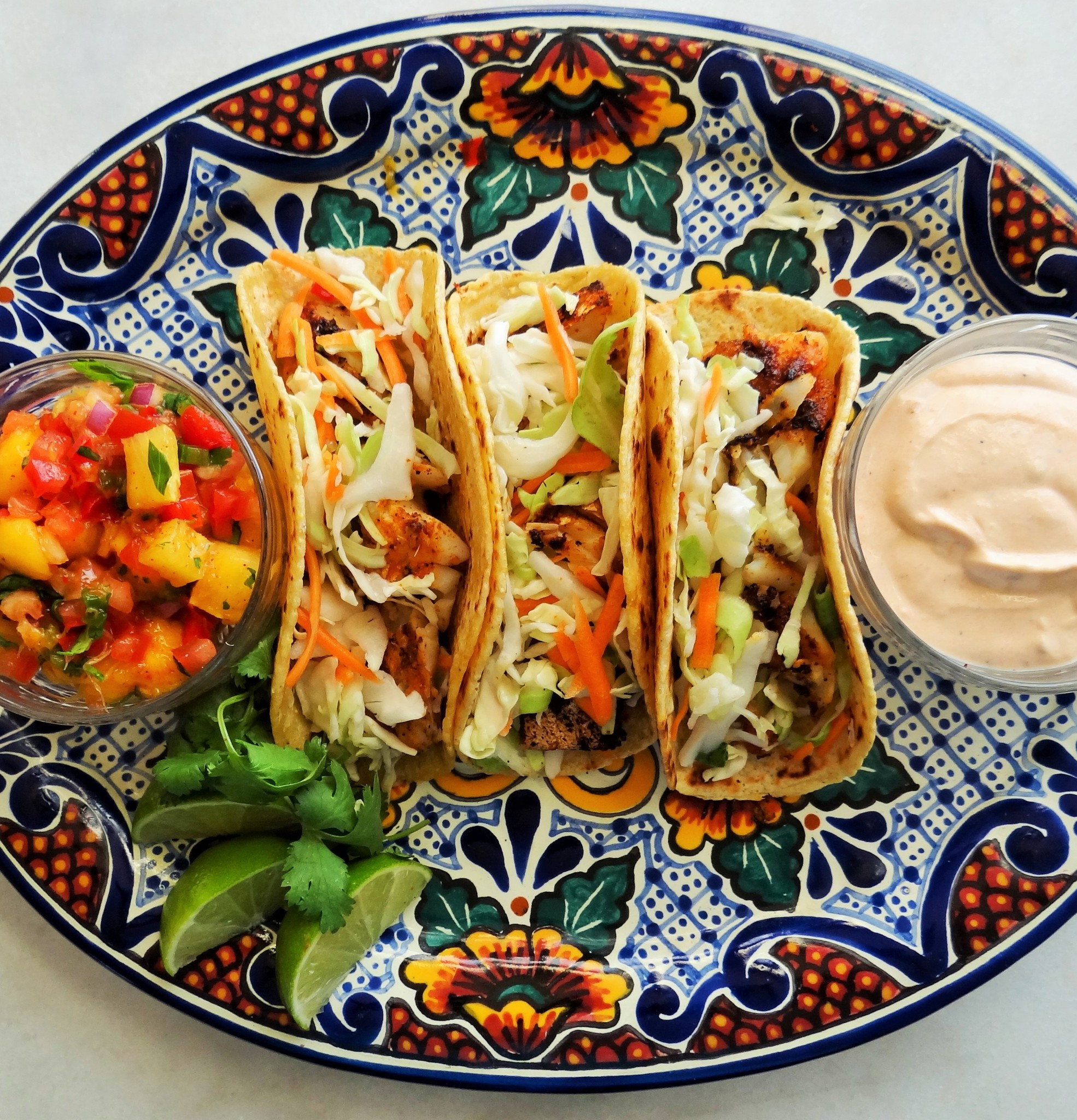 Grilled fish tacos with chipotle crema for Side dishes for fish tacos