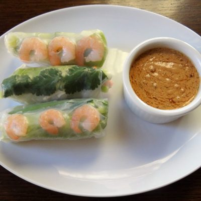 Fresh Thai Spring Rolls With Peanut Dipping Sauce